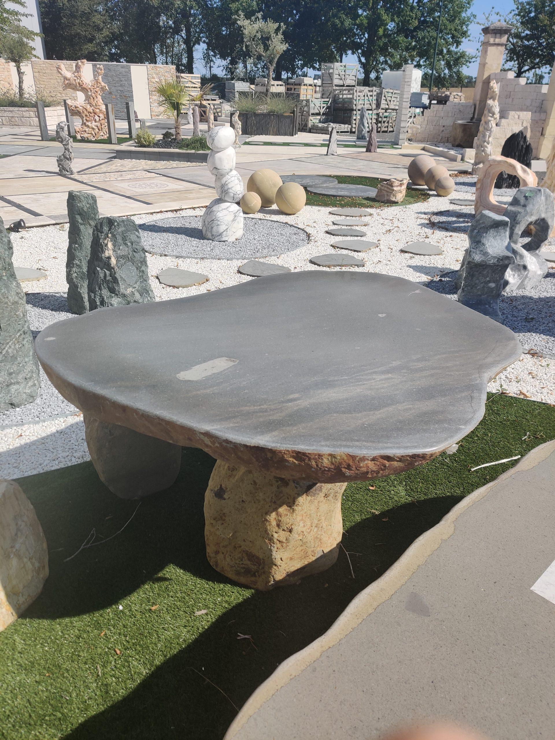 Table Rocher Rivière